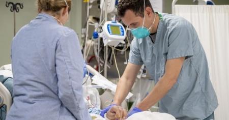 COVID-19: за сутки коронавирус выявили у 19 676 украинцев, 419 человек умерли