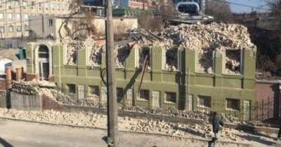 Скандал в Киеве: у вокзала ради небоскреба снесли исторический особняк Уткина (ФОТО)