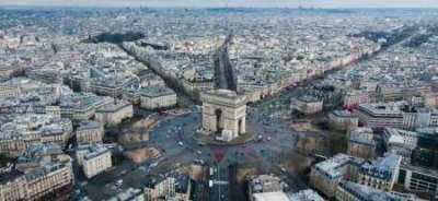 Этим летом Франция рассчитывает принять 50 миллионов иностранных туристов