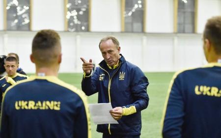 Тренер сборной Украины назвал причину конфликта с Малиновским
